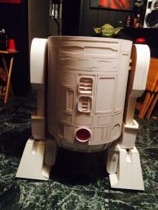 R2D2-carton-details