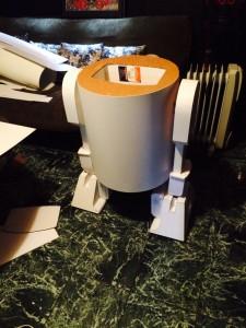 R2D2-carton-skin